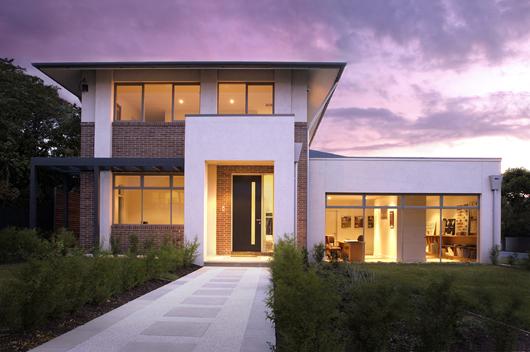 Casa moderna de 4 habitaciones y 391 metros cuadrados for Casa 2 plantas 160 metros cuadrados