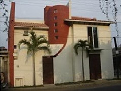 Casa ahuatlan de dos plantas cuatro dormitorios y 180 for Casa de dos plantas de 70 metros cuadrados