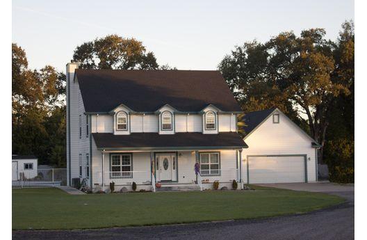 Casa de dos plantas cuatro dormitorios y 298 metros for Casa de dos plantas de 70 metros cuadrados