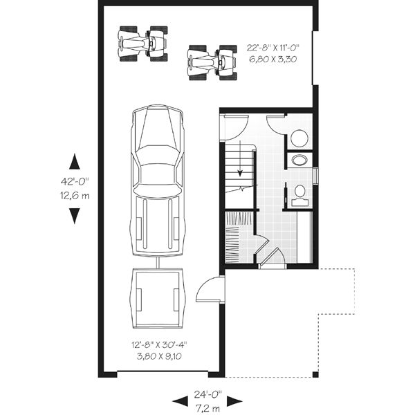 Bonita casa cuadrada de dos plantas dos dormitorios y 100 for Escaleras 15 metros